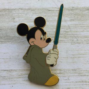 Disney Parks Pin Star Wars Mickey Mouse In Jedi Ro